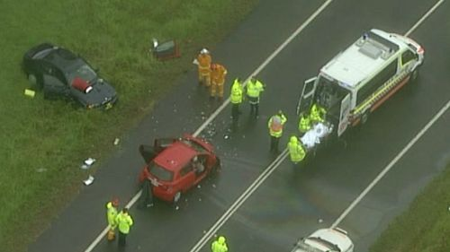 Police have blocked off the Northern Road at Bringelly. (9NEWS)