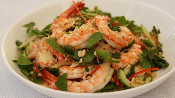 Prawn salad with chilli, cucumber and watercress
