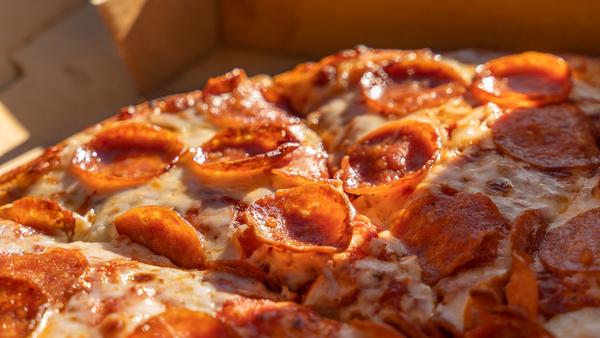 Domino's Pepperoni Pizza