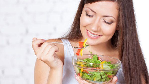 Less than two percent of Aussie women eat enough vegies - 9Coach