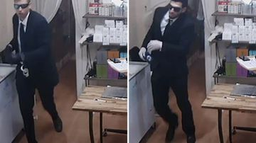News Sydney Eastwood money exchange store robbery fake policemen