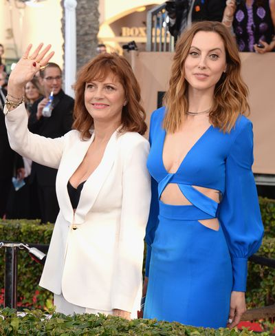"Now: Susan Sarandon and actress daughter <a href=""https://www.instagram.com/thehappilyeva/?hl=en"" target=""_blank"">Eva Amurri Martion</a>"