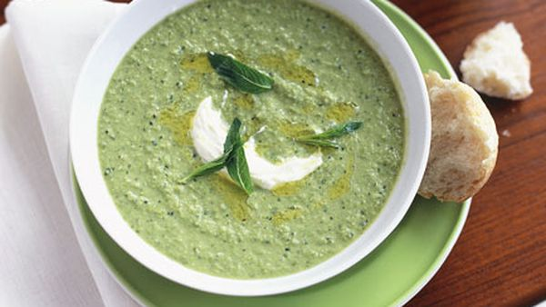 Chilled pea, mint and lemon soup