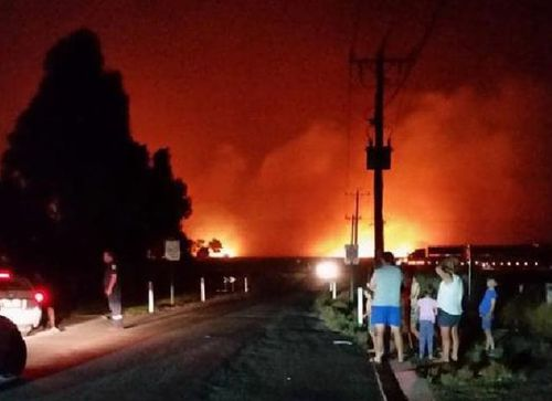 Victorian residents watched yesterday as an out-of-control bushfire continues to burn. (Facebook)