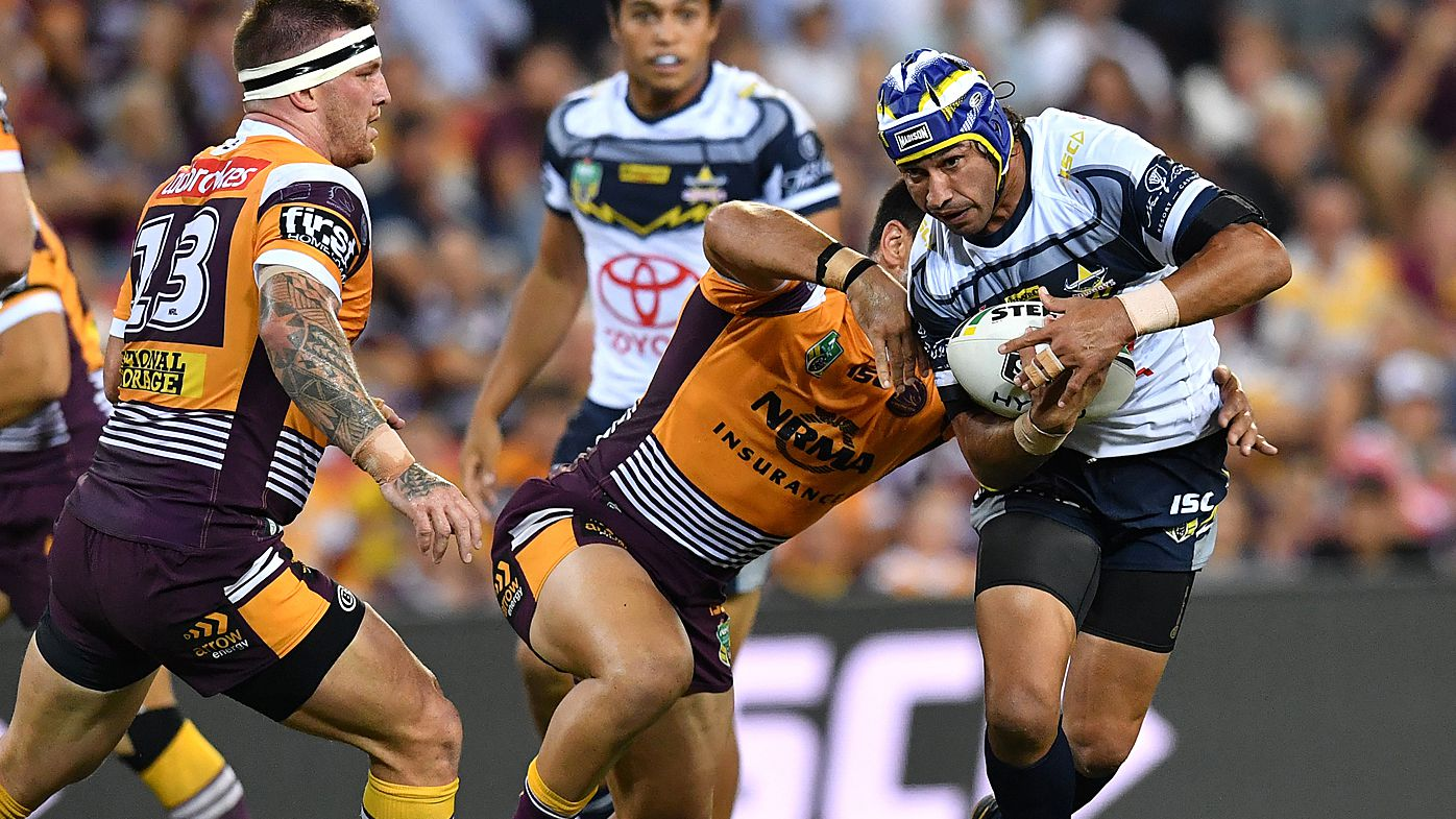 Johnathan Thurston running
