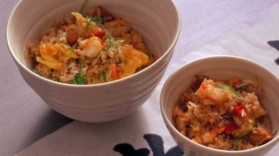 "Recipe:&nbsp;<a href=""http://kitchen.nine.com.au/2016/05/05/16/07/neil-perrys-classic-fried-rice"" target=""_top"">Neil Perry's classic fried rice</a>"