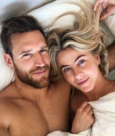 Julianne Hough, husband, Brooks Laich, ned, selfie, Instagram