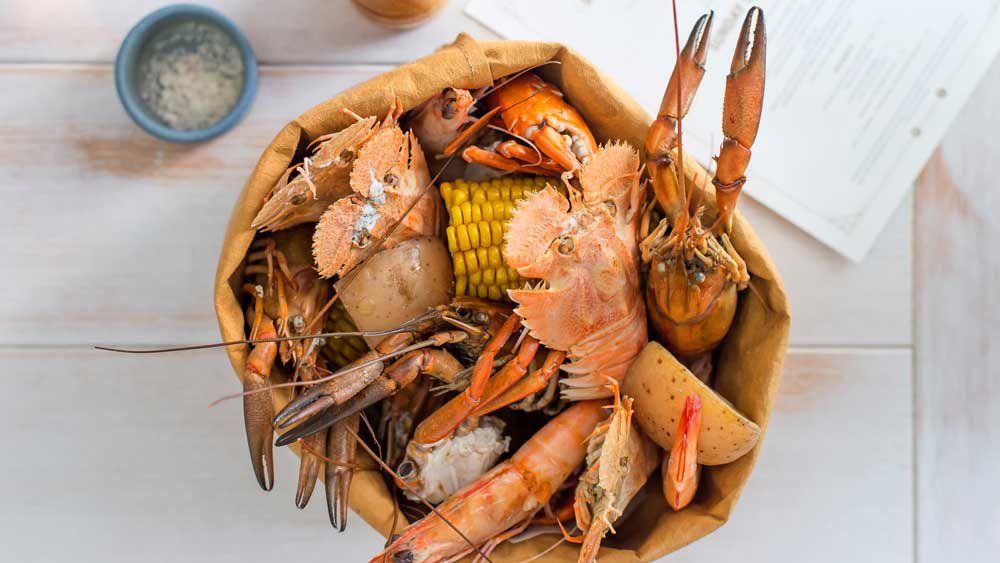 Nola's seafood broil