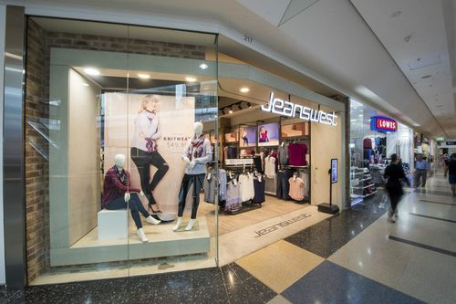 Jeanswest collapses, almost 1,000 jobs at risk