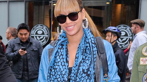 Beyonce's kid Blue Ivy has six nannies, gets a nappy change every hour
