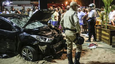 Children hurt after car ploughs into packed Copacabana Beach