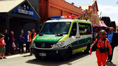 An eight-year-old girl has died after falling from a ride at the Royal Adelaide Show. (@Pobblemanda)