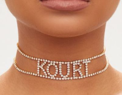 "<a href=""https://www.prettylittlething.com.au/kourt-diamante-choker.html"" target=""_blank"">Kourt' diamante choker, $20.</a>"