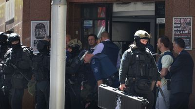Police swarm on Martin Place