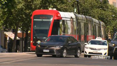 SA government scraps right-turn tram plan