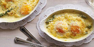 """<a href=""""http://kitchen.nine.com.au/2016/05/19/12/50/baked-egg-and-asparagus-gratins"""" target=""""_top"""">Baked egg and asparagus gratins</a>"""