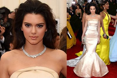 Kendall Jenner in bespoke by Top Shop. Stunning!<br/><br/>(Images: Getty)