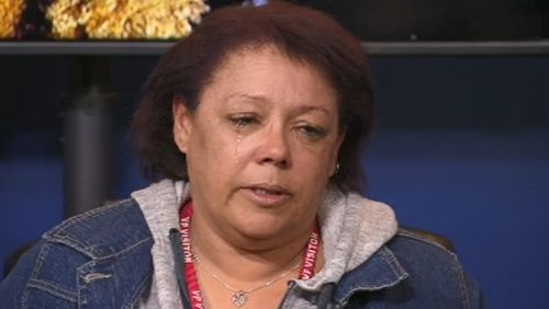 Kayla's mother broke down in tears pleading for her daughter to contact them. (9NEWS)