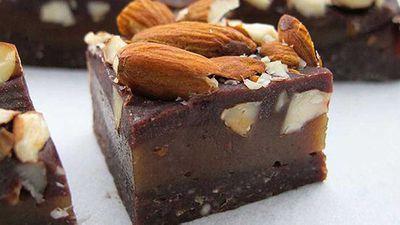 "Recipe: <a href=""http://kitchen.nine.com.au/2016/05/05/09/51/jacqueline-alwills-raw-almond-caramel-slice"" target=""_top"">Jacqueline Alwill's raw almond caramel slice</a>"