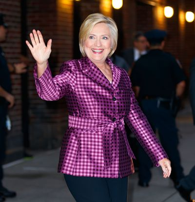<p>8. Hillary Rodham Clinton</p> <p>First Lady of the United States 1993-2001</p> <p>Designated Designers- Ralph Lauren, Giorgi Armani</p>