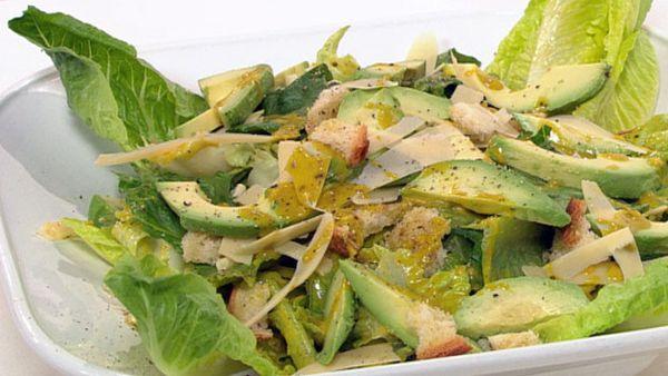 Avocado caesar salad