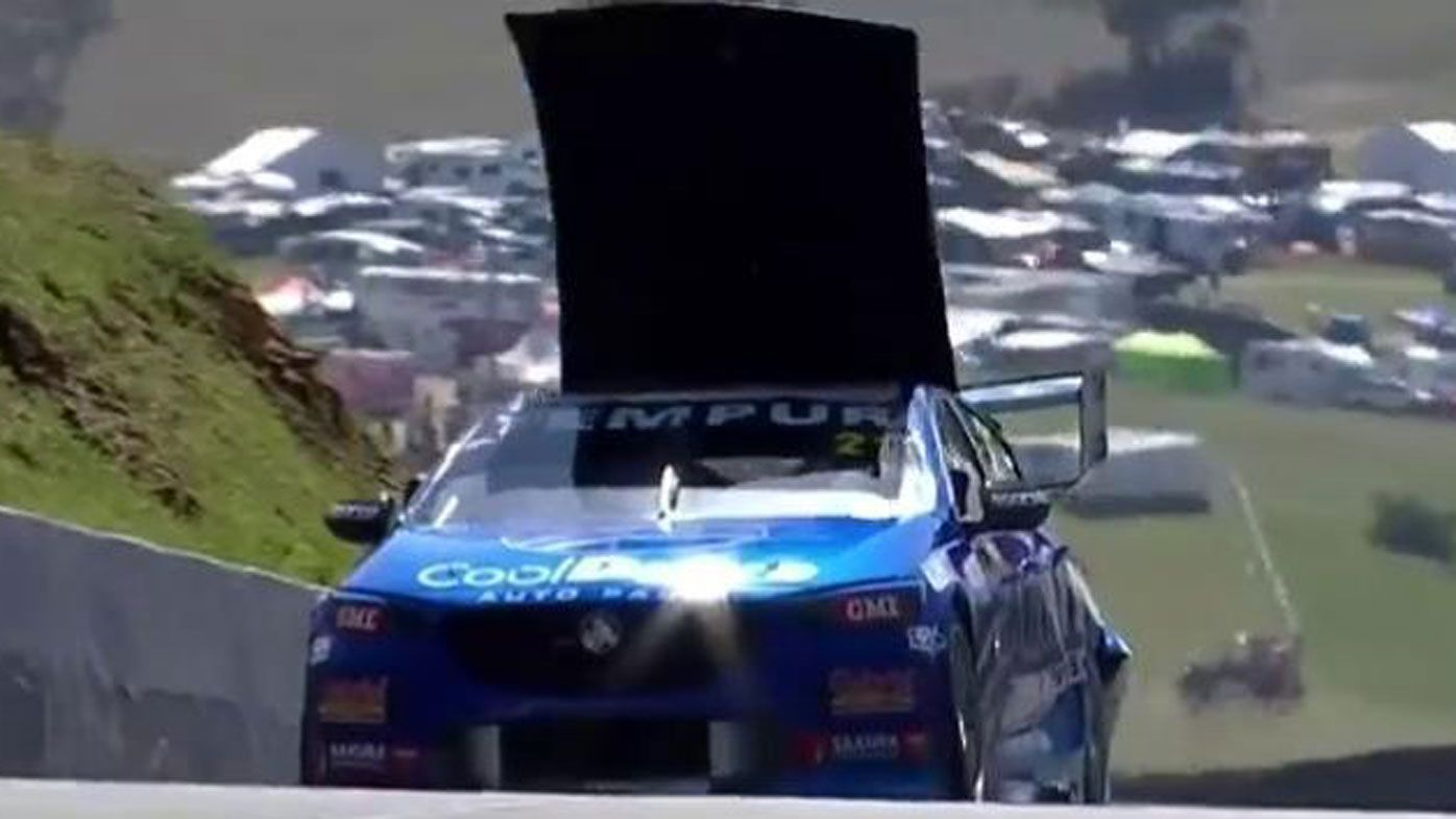 Macauley Jones crashes in Bathurst 1000 opening practice at Mt Panorama