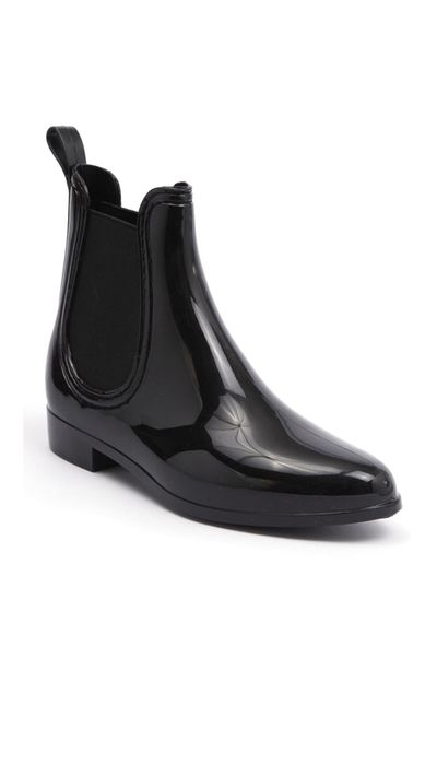 "<a href=""http://www.styletread.com.au/galosh-black.html"" target=""_blank"">Galosh Gumboot, $59.95, Mollini at styletread.com.au</a>"