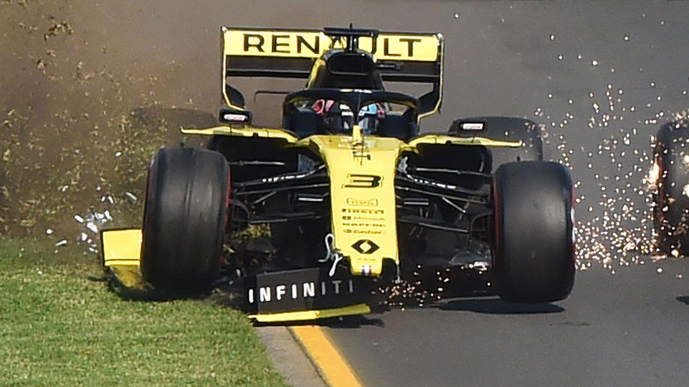 Daniel Ricciardo lost his front wing at the start of the Australian Grand Prix