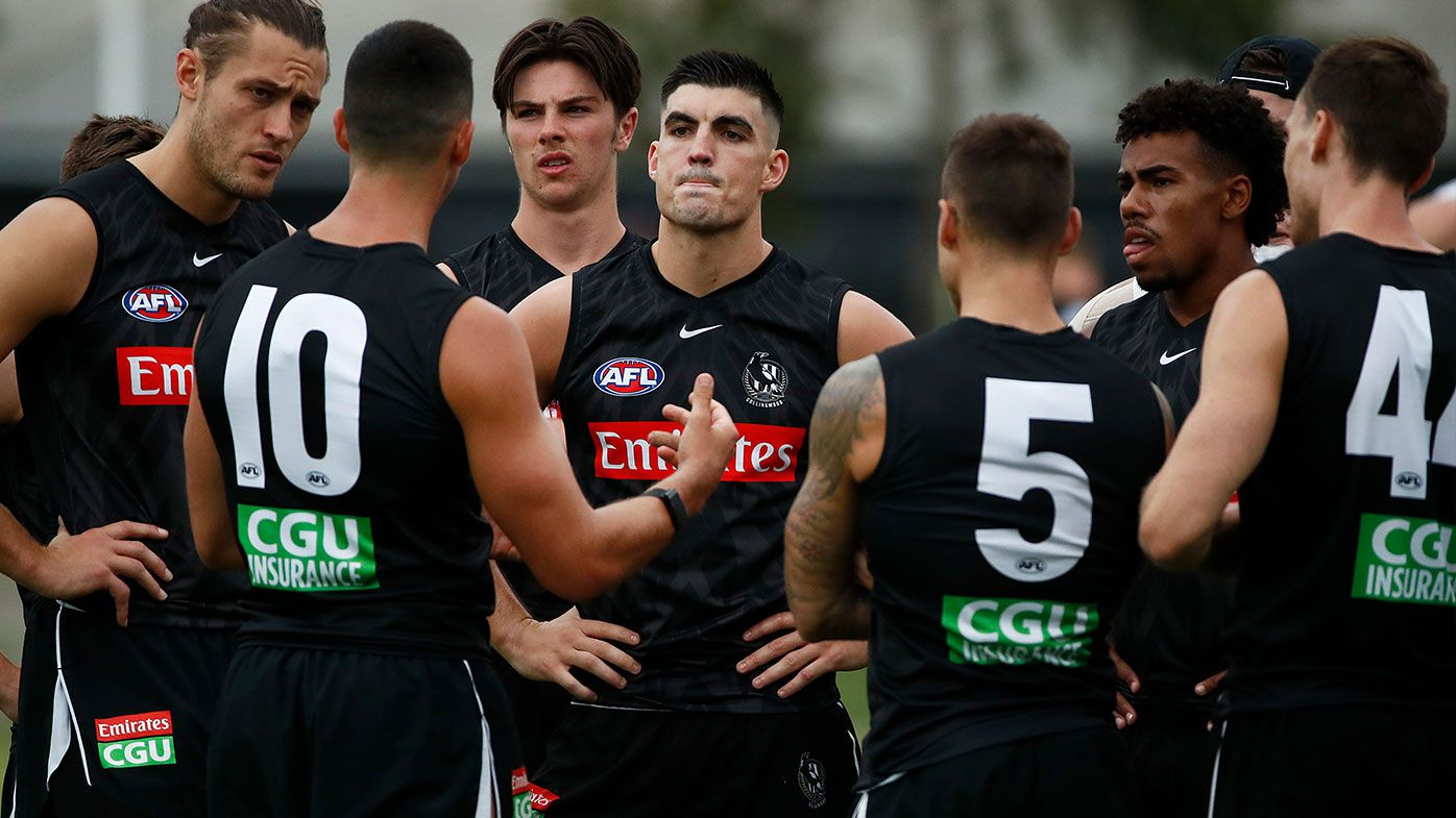 MELBOURNE, AUSTRALIA - FEBRUARY 12: Scott Pendlebury of the Magpies speaks to his teammates during a Collingwood Magpies AFL training session at Holden Centre on February 12, 2021 in Melbourne, Australia. (Photo by Daniel Pockett/Getty Images)