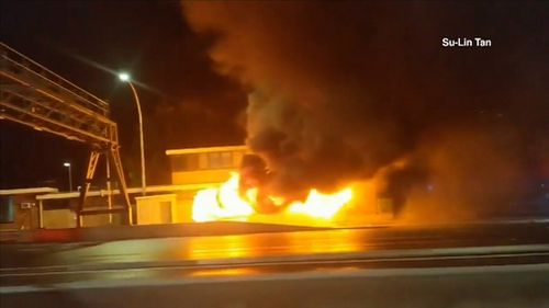 A 50-seater bus carrying wedding guests has burst into flames on the Sydney Harbour Bridge overnight.