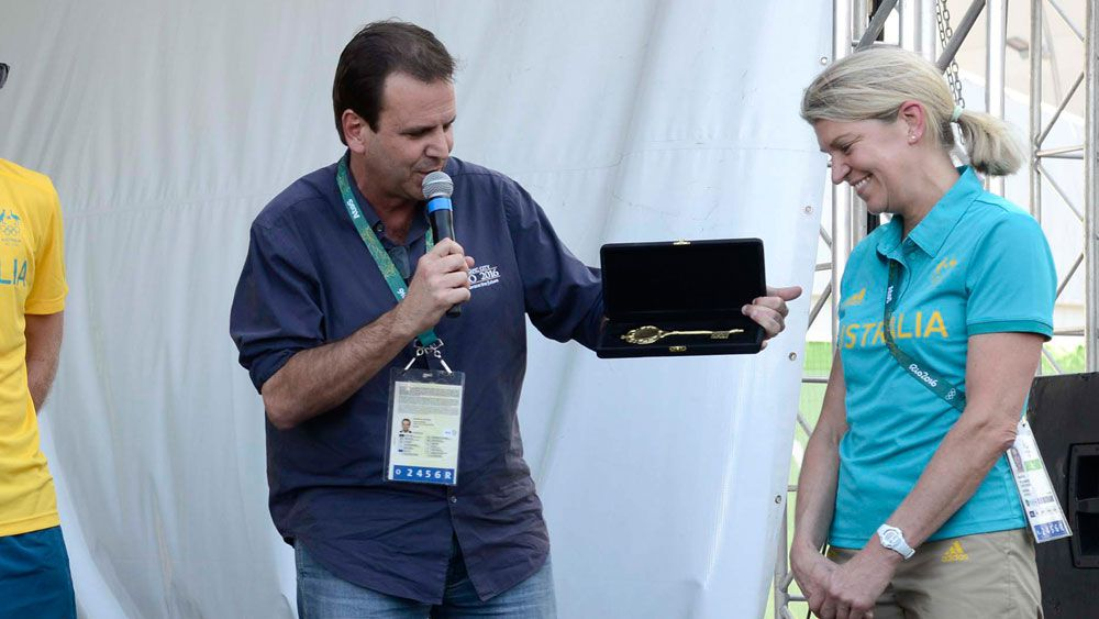 Aussies presented with key to Rio by mayor