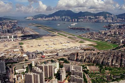 <strong>Kai Tak International Airport, Hong Kong, China</strong>