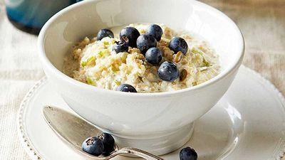 <strong>Quinoa bircher muesli</strong>