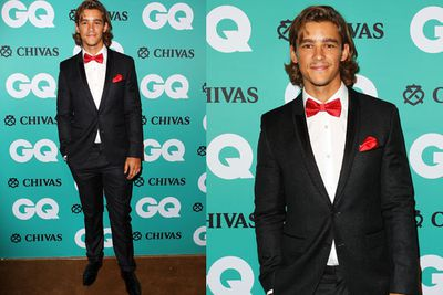 Aussie actor turned Hollywood star Brenton Thwaites also brought suave style to the black carpet.