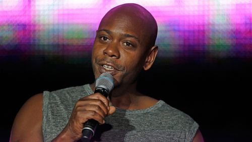 Man arrested after throwing banana peel at Dave Chappelle