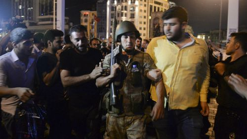 Turkey coup: Australian tells of 'chaos' near Ankara