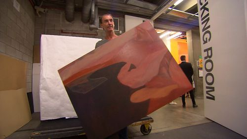 The Wynne Prize for landscapes and sculpture and the Sulman for other entries also draw a large pool of entrants. (9NEWS)