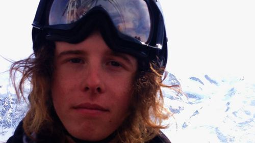 Australian teenager missing in Canada 'may not have been able to pay hotel bill'