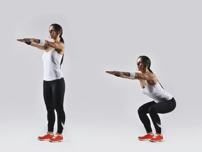 <strong>Squats (30 seconds)</strong>