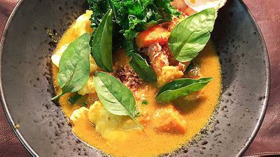<strong>Adrian Li's cray cray curry</strong>