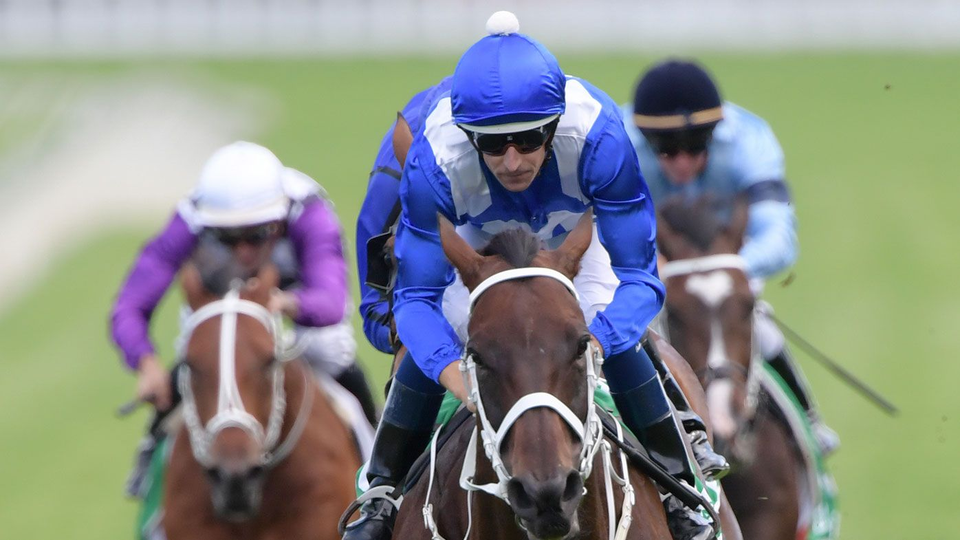 Winx continues win streak at George Ryder Stakes