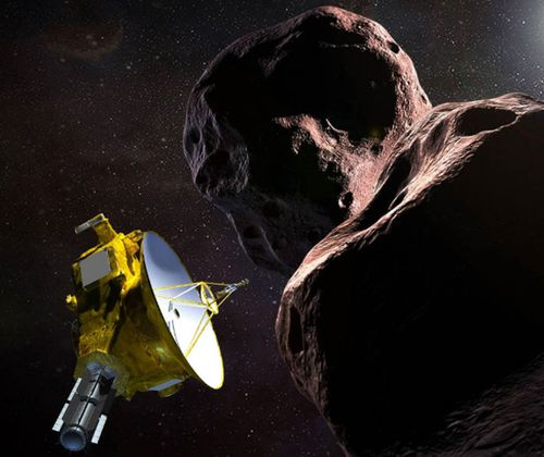 Artist's impression of NASA's New Horizons spacecraft flying past Ultima Thule, a Kuiper Belt object officially named 2104 MU69. (NASA).