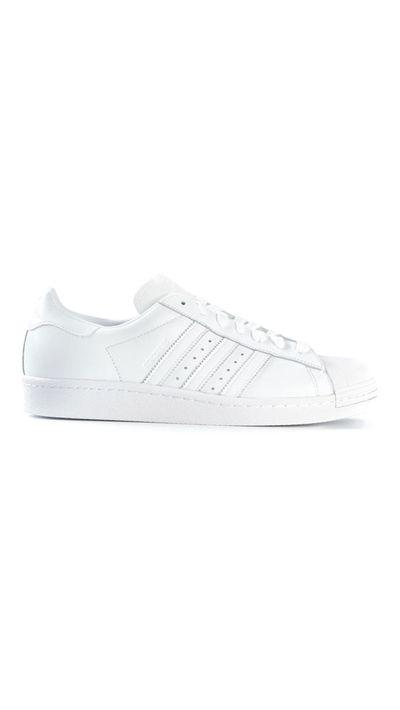 <p>The white trainer</p>