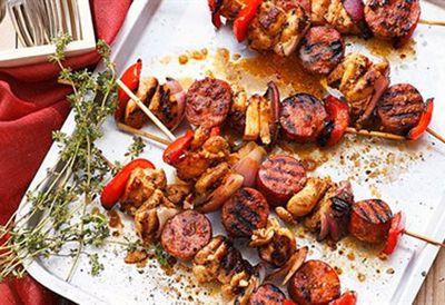 "<a href=""http://cms.ninemsn.com.au/recipes/ichicken/8348673/chicken-and-chorizo-skewers"">Chicken and chorizo skewers</a>"