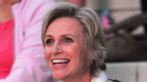 Glee's Jane Lynch reveals addiction to cold medication
