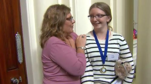 Trinity Bennett, 13, has been credited with saving her mum Shannon's life. (9NEWS)