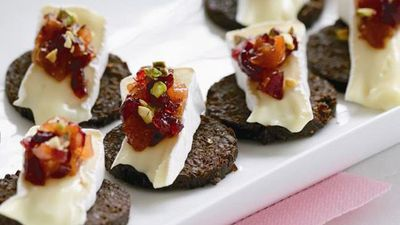 """<a href=""""http://kitchen.nine.com.au/2016/05/18/02/03/camembert-with-pear-compote-on-pumpernickel"""" target=""""_top"""">Camembert with pear compote on pumpernickel</a>"""