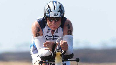 <p>Oldest cyclist</p>