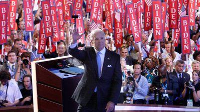 Biden waves to crowds in Denver 2008