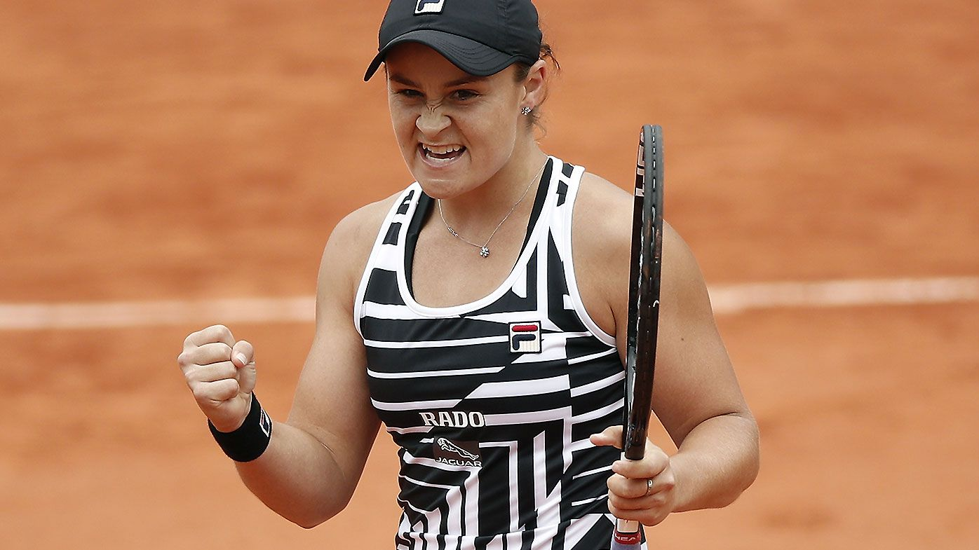 Ashleigh Barty through to French Open final after thrilling comeback against Amanda Anisimova